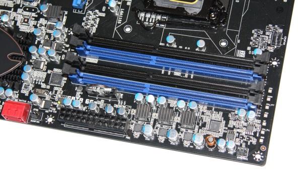 Sapphire Pure Black P67 Hydra banki pamięci