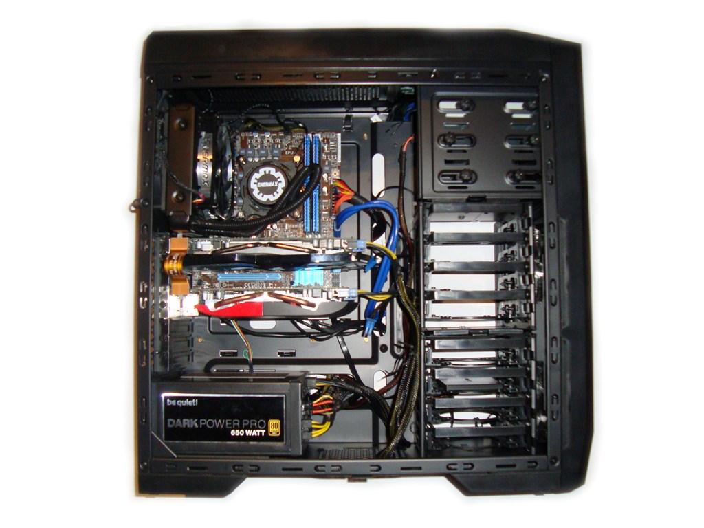SilentiumPC Gladius X80 Pure Black - Montaż podzespołów (1)