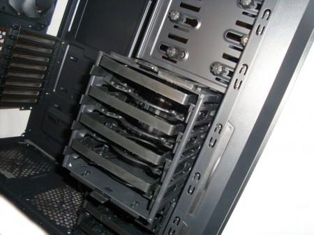 SilentiumPC Gladius X80 Pure Black - Wyciągany koszyk na dyski
