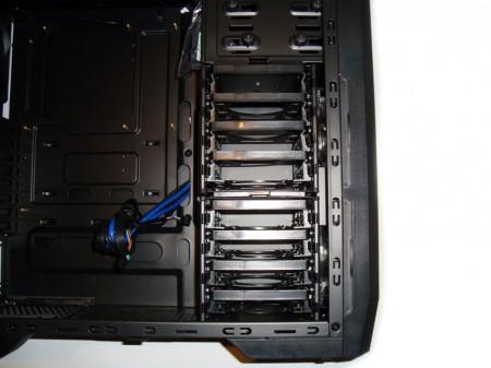 SilentiumPC Gladius X80 Pure Black - zatoki 3,5