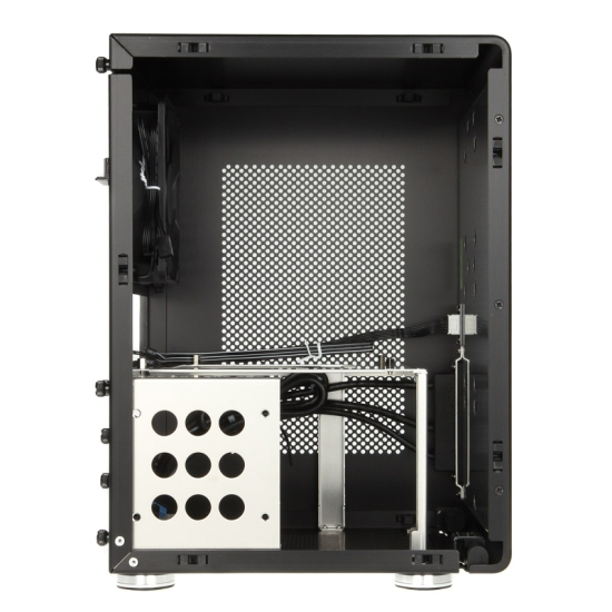 Obudowa Lian Li PC-Q33 - Mini-ITX_2p