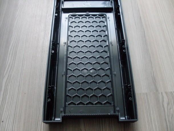 silentiumpc gladius m35 filtr przeciwkurzowy na frontpanelu 2