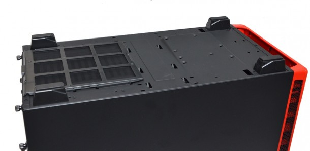 NZXT H440 dół