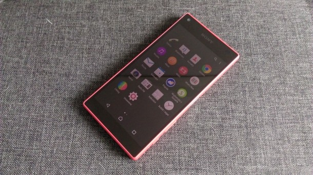 sony xperia z5 compact 3