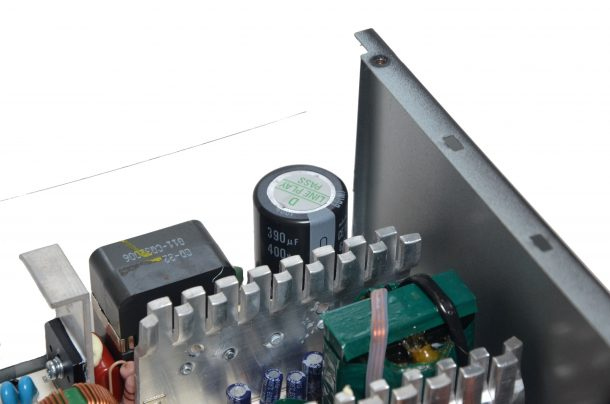 SilverStone ET650-B kondensator