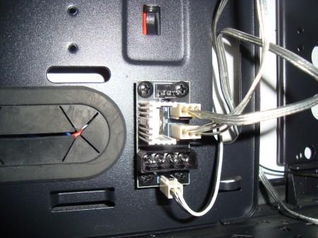 montaż wentylatorów do.. płytki PCB! Enermax Fulmo