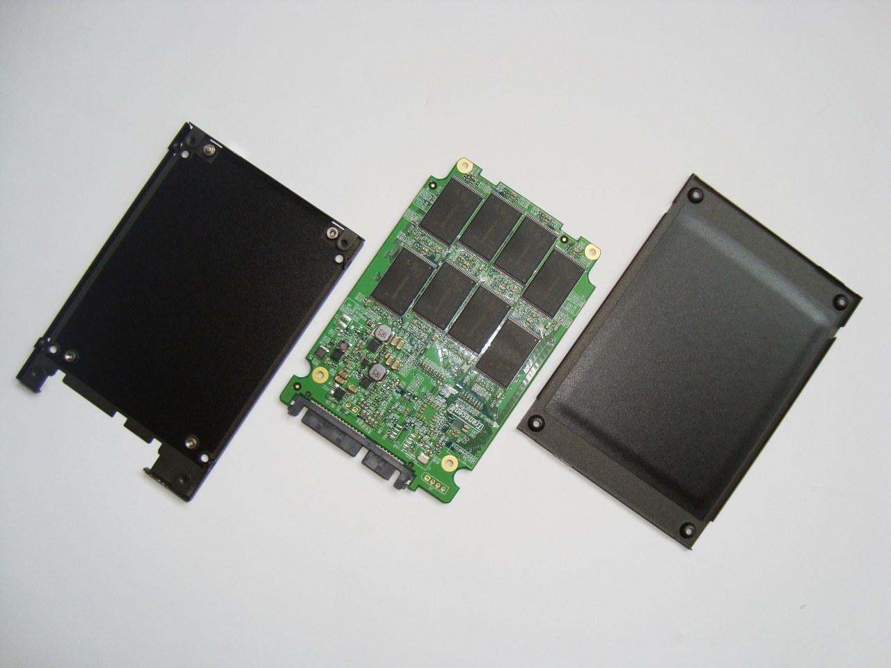 Transcend SSD320 128GB SATA III wnętrze